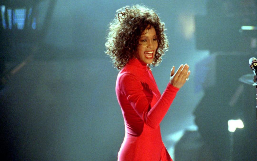 Ženijalni dani: Whitney: Biti svoja