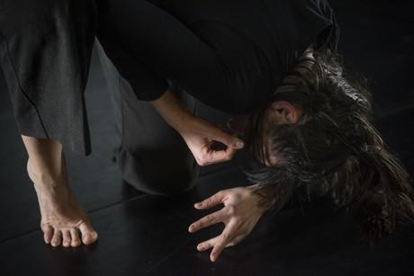 Josipa Bubaš – Neljudsko – performans
